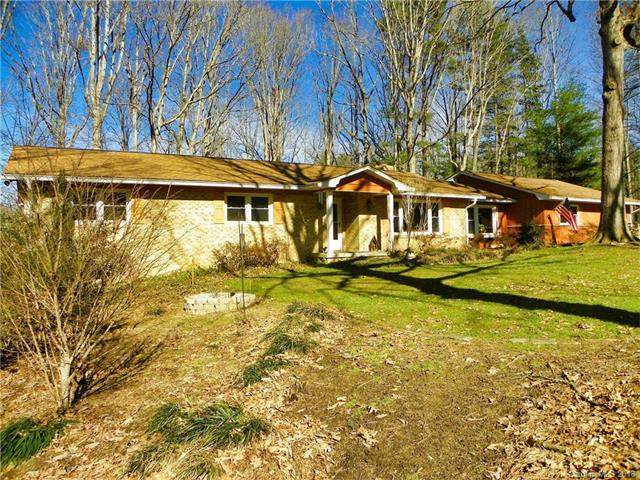 3232 Debbie Drive 6&7, Hendersonville, NC 28791 (#3354385) :: LePage Johnson Realty Group, LLC