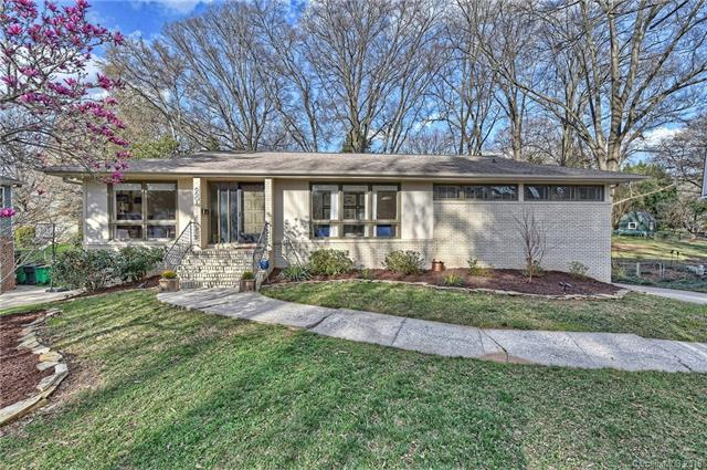6601 Long Meadow Road, Charlotte, NC 28210 (#3354387) :: Exit Mountain Realty