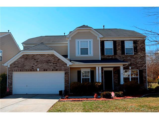 3735 Green Pasture Road, Charlotte, NC 28269 (#3355094) :: The Ramsey Group