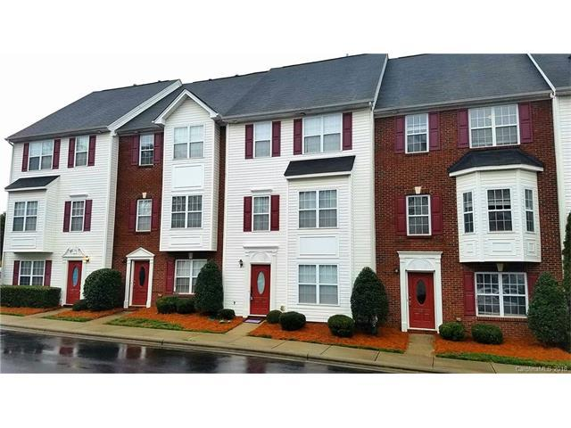 10033 Treeside Lane, Matthews, NC 28105 (#3355266) :: The Ramsey Group
