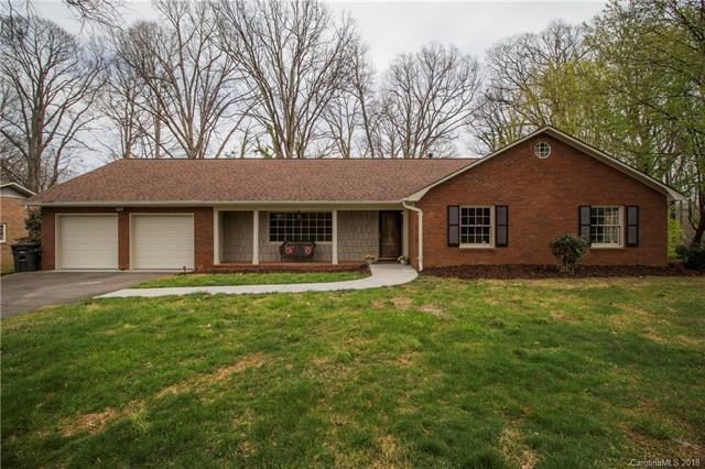 605 Berkshire Drive, Statesville, NC 28677 (#3355328) :: LePage Johnson Realty Group, LLC
