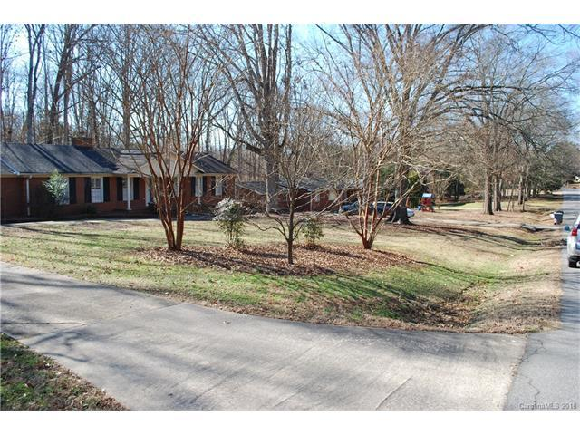 4310 Windwood Circle, Charlotte, NC 28226 (#3355357) :: Rinehart Realty