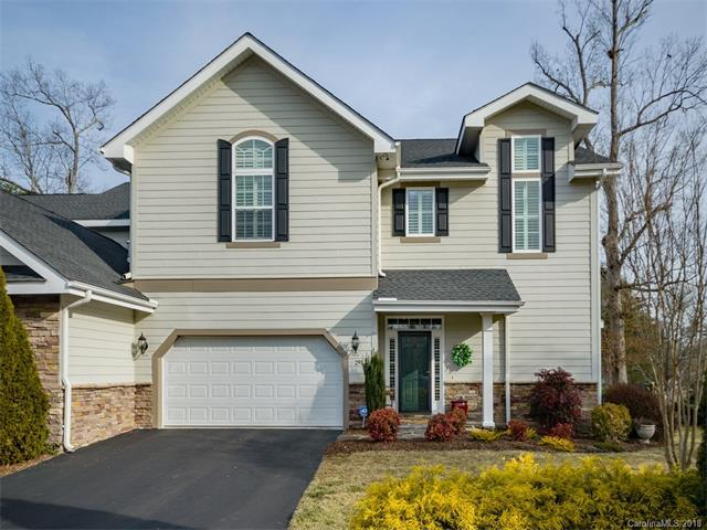291 Towne Place Drive #291, Hendersonville, NC 28792 (#3355413) :: Miller Realty Group