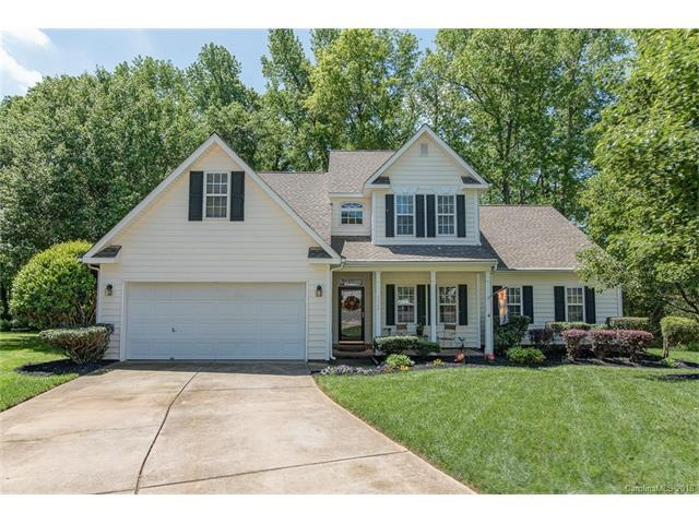6004 Forest Pond Drive, Charlotte, NC 28262 (#3355418) :: The Ramsey Group