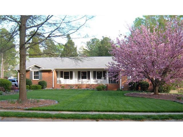 401 Lansdowne Road, Charlotte, NC 28270 (#3356156) :: Exit Realty Vistas