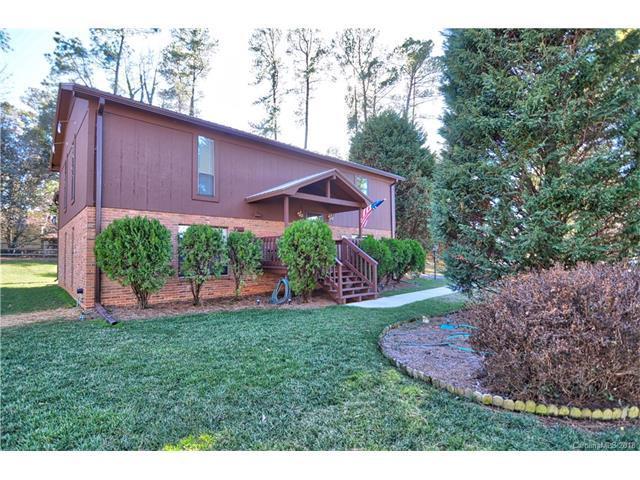 21429 Pinecrest Place, Cornelius, NC 28031 (#3356400) :: Puma & Associates Realty Inc.