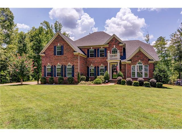 640 Winter Walk Lane, Lake Wylie, SC 29710 (#3356483) :: Miller Realty Group