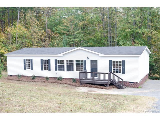 5645 Wildwood Court, Bessemer City, NC 28016 (#3356620) :: Exit Realty Vistas