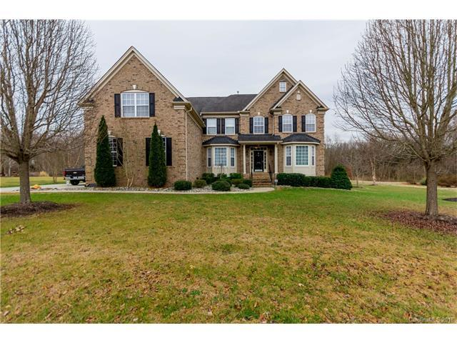 1028 Hearth Lane, Concord, NC 28025 (#3357022) :: The Ramsey Group