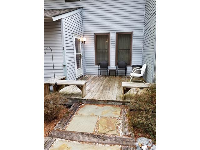 33 Lakeside Villas Court, Brevard, NC 28712 (#3357143) :: Miller Realty Group
