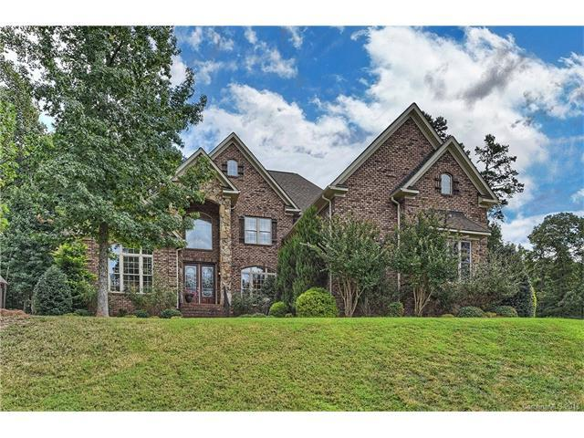 104 Timberside Drive, Davidson, NC 28036 (#3357362) :: The Andy Bovender Team