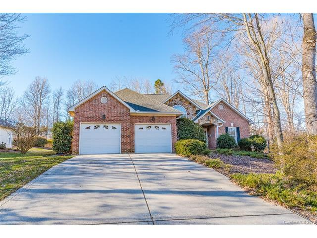 1809 Brandywine Drive, Matthews, NC 28105 (#3357387) :: The Ramsey Group