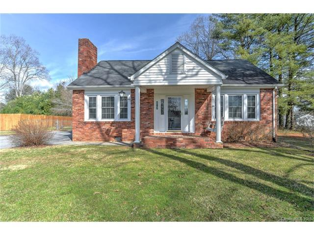 812 S Whitted Street, Hendersonville, NC 28739 (#3357807) :: RE/MAX Four Seasons Realty