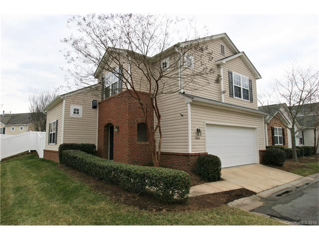 9385 Meadowmont View Drive, Charlotte, NC 28269 (#3357837) :: The Ramsey Group
