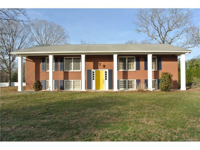 69 Regal Knolls Drive, Mills River, NC 28759 (#3358071) :: RE/MAX Four Seasons Realty