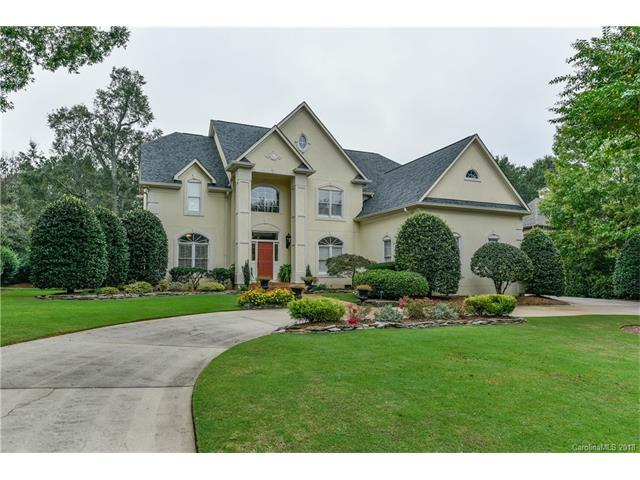 10923 Pound Hill Lane, Charlotte, NC 28277 (#3358120) :: TeamHeidi®