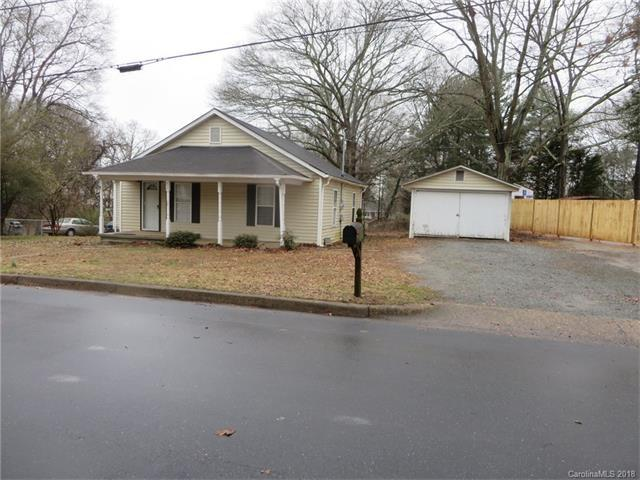 717 Sherrill Avenue, Lincolnton, NC 28092 (#3358164) :: Exit Mountain Realty