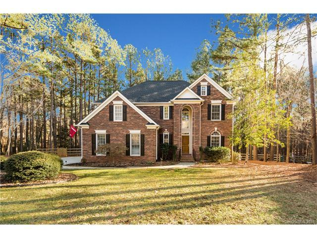 4418 Overlook Cove Road, Charlotte, NC 28216 (#3358496) :: The Elite Group