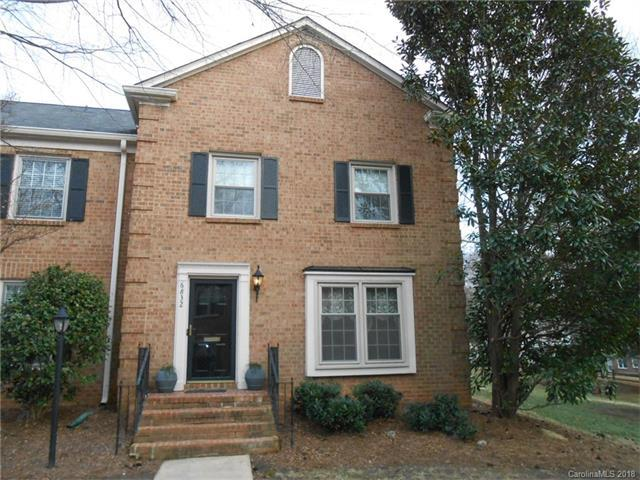 6832 Constitution Lane, Charlotte, NC 28210 (#3358736) :: Miller Realty Group