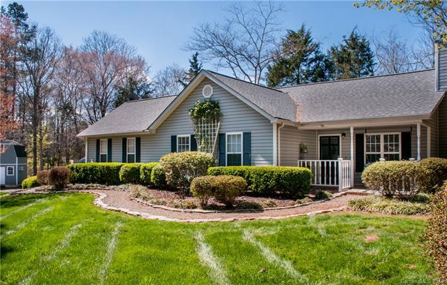 129 Easter Lane, Davidson, NC 28036 (#3358813) :: Miller Realty Group