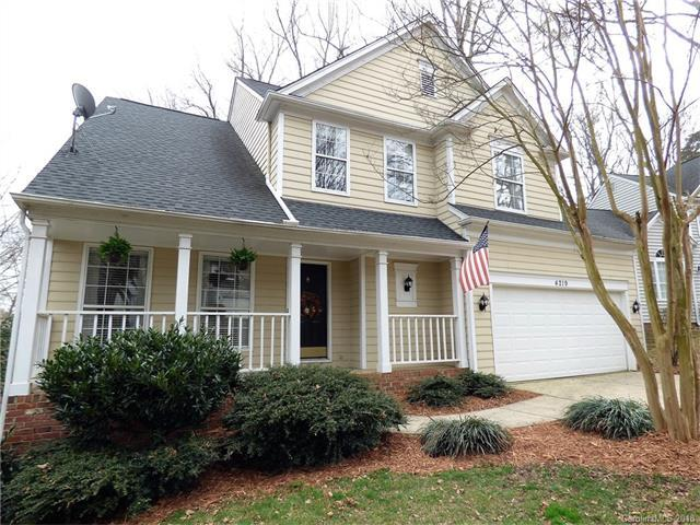 4219 Beauvista Drive, Charlotte, NC 28269 (#3358840) :: The Ramsey Group