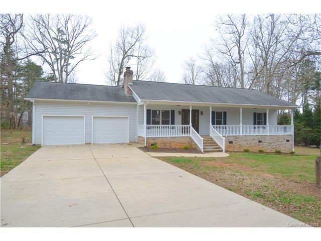 125 Three Oaks Lane #2, Statesville, NC 28677 (#3358869) :: LePage Johnson Realty Group, Inc.