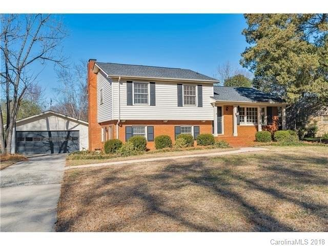 6912 Old Forge Drive, Charlotte, NC 28226 (#3358993) :: Exit Realty Vistas