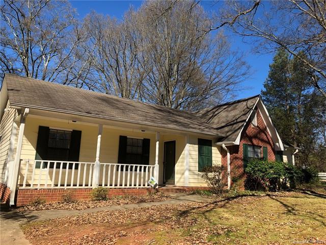 21239 Pine Ridge Drive, Cornelius, NC 28031 (#3359738) :: The Ramsey Group