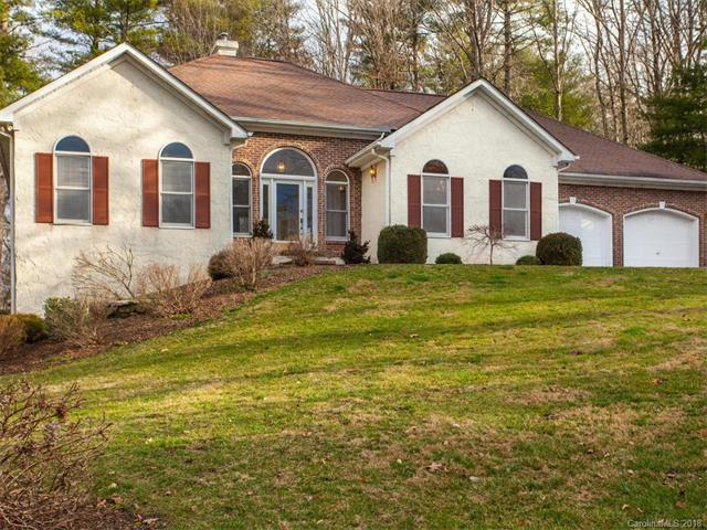 15 N Classic Court, Hendersonville, NC 28791 (#3359825) :: Stephen Cooley Real Estate Group