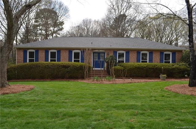 5032 Broken Saddle Lane, Charlotte, NC 28226 (#3359956) :: Pridemore Properties