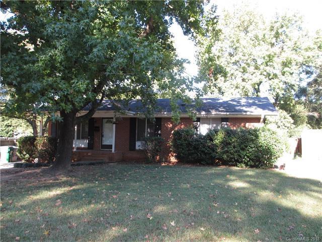 6821 Cardigan Avenue, Charlotte, NC 28215 (#3359989) :: SearchCharlotte.com