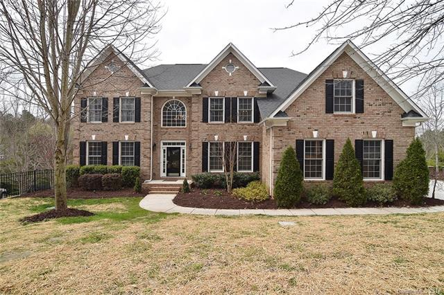 910 Cove Point Lane, Tega Cay, SC 29708 (#3360010) :: Miller Realty Group