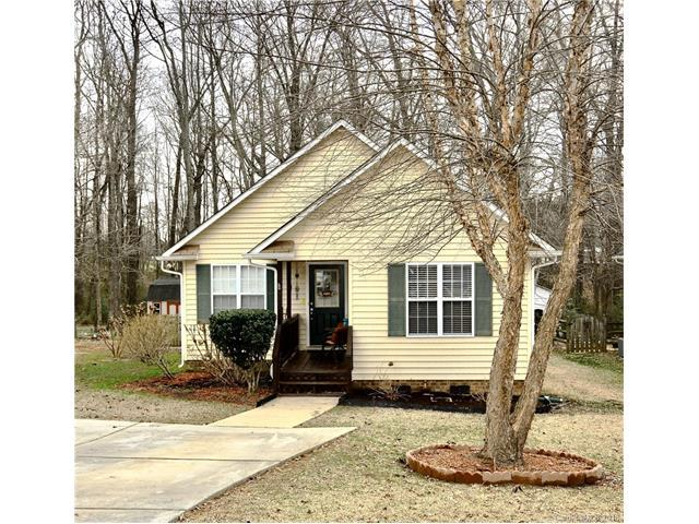 1130 Lakewood Drive, Matthews, NC 28104 (#3360336) :: Leigh Brown and Associates with RE/MAX Executive Realty