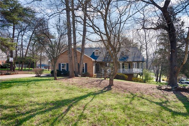 137 Boulder Drive, Lincolnton, NC 28092 (#3360371) :: Cloninger Properties