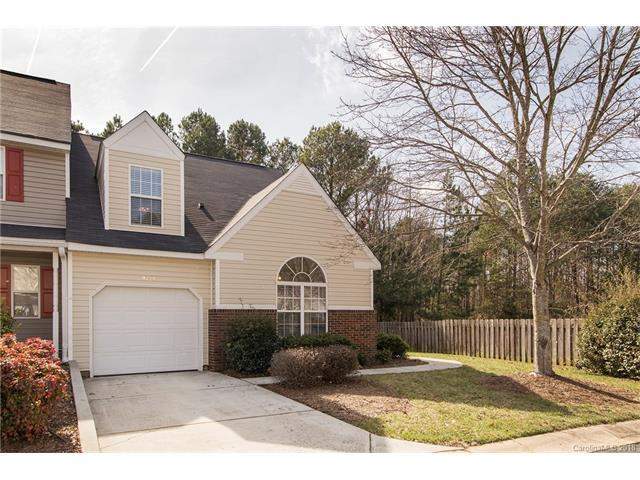 9720 Mattforest Circle, Charlotte, NC 28277 (#3360479) :: The Ramsey Group