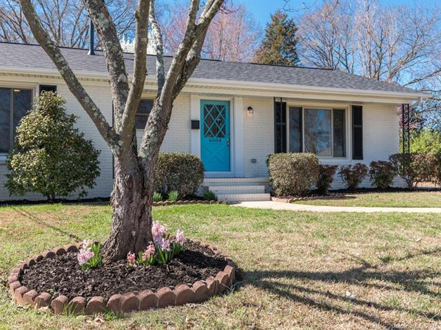 6504 Carsdale Place, Charlotte, NC 28210 (#3360494) :: Exit Mountain Realty