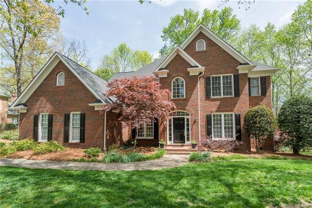11610 Chestnut Hill Drive, Matthews, NC 28105 (#3360613) :: The Elite Group