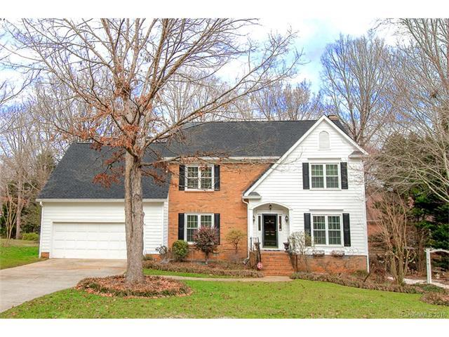 5200 Shadow Pond Lane, Charlotte, NC 28226 (#3360827) :: Miller Realty Group