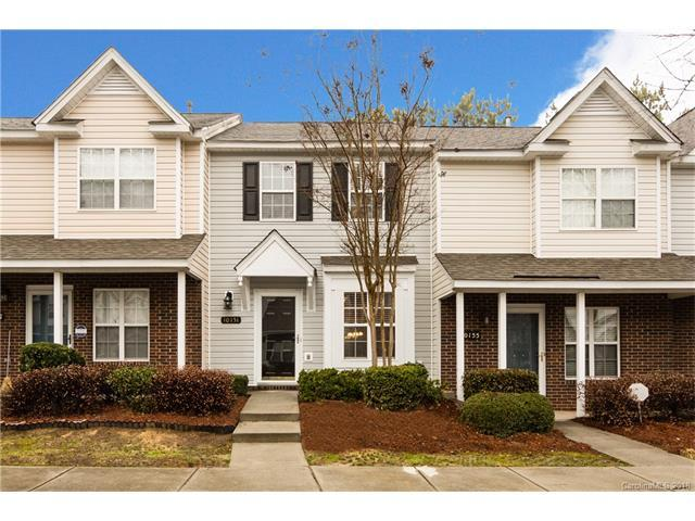 10151 Reindeer Way Lane, Charlotte, NC 28216 (#3360998) :: The Ramsey Group