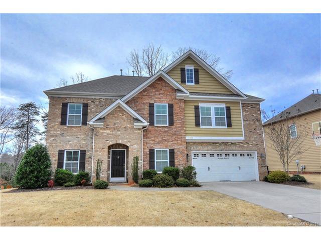 10328 Daufuskie Drive, Charlotte, NC 28278 (#3361054) :: Puma & Associates Realty Inc.