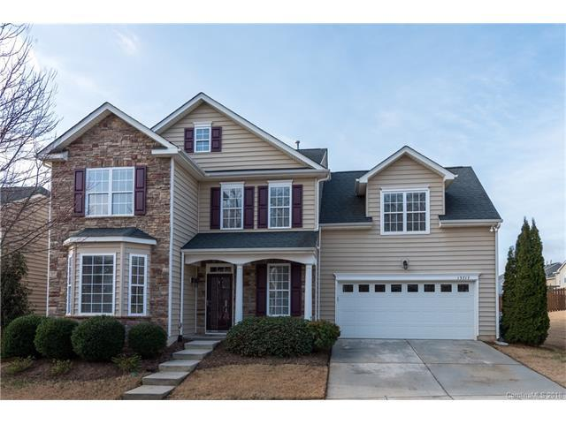 13717 Delstone Drive, Huntersville, NC 28078 (#3361295) :: The Ramsey Group