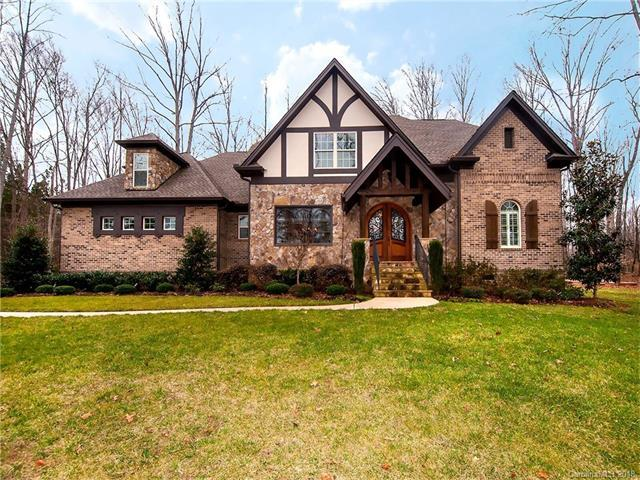 4052 River Oaks Road, Lake Wylie, SC 29710 (#3361296) :: SearchCharlotte.com