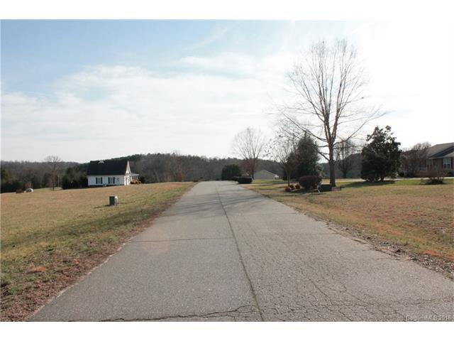 000 Meadows Drive #10, Rutherfordton, NC 28139 (#3361665) :: RE/MAX Four Seasons Realty