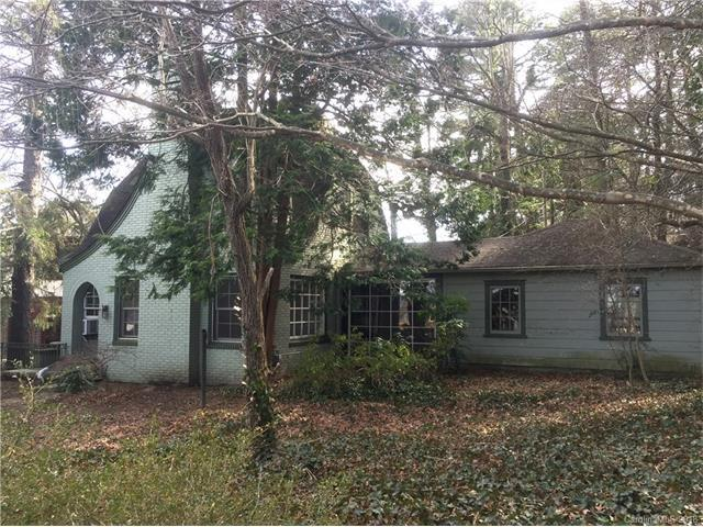 112 Clairmont Drive, Hendersonville, NC 28791 (#3361695) :: LePage Johnson Realty Group, LLC