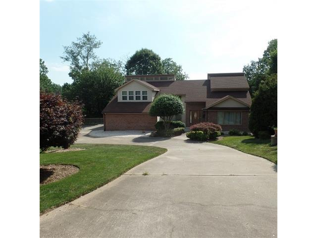 4039 5TH Street NW, Hickory, NC 28601 (#3361767) :: Puma & Associates Realty Inc.