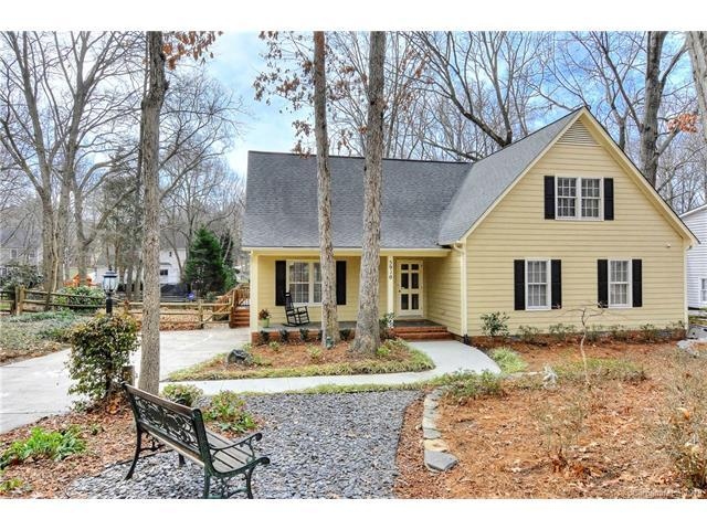 5910 Chapel Creek Court, Charlotte, NC 28226 (#3361950) :: The Beth Smith Shuey Team