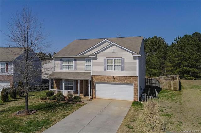 4411 Larkhaven Village Drive #130, Charlotte, NC 28215 (#3362042) :: LePage Johnson Realty Group, LLC