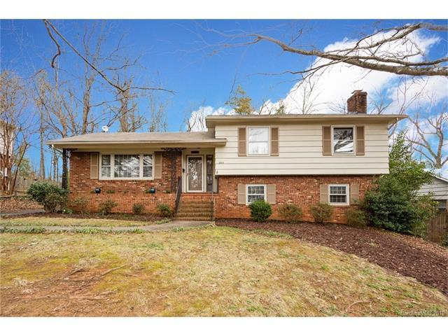2015 Edgewater Drive, Charlotte, NC 28210 (#3362064) :: Team Lodestone at Keller Williams SouthPark