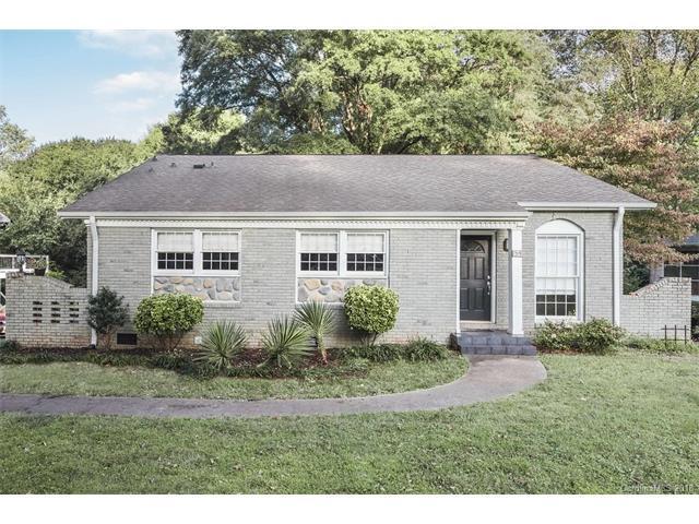 1319 Paddock Circle, Charlotte, NC 28209 (#3362075) :: The Ramsey Group