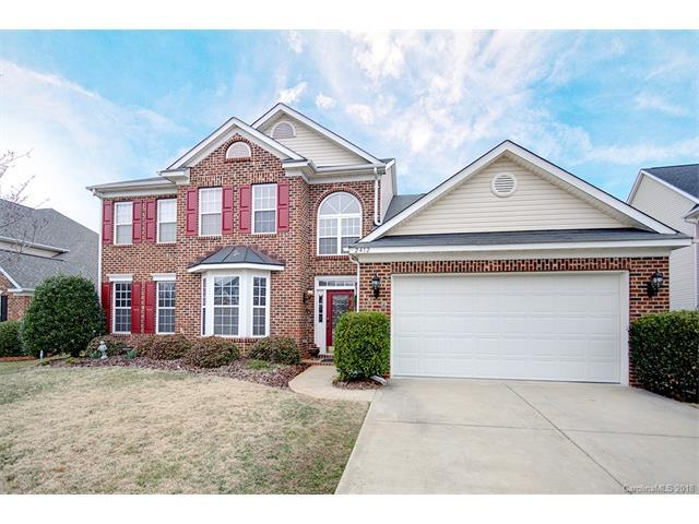 2412 Farnsfield Court, Charlotte, NC 28270 (#3362091) :: The Ramsey Group